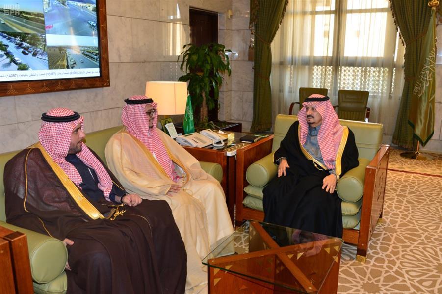 الأمير فيصل بن بندر يطلق اسم وزير التجارة والمالية السابق على أحد شوارع الرياض