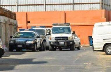 تبوك: القبض على شابين يرتديان ملابس نسائية ويتجولان في الشوارع