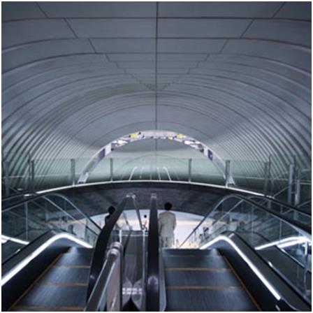 """محطة """"شيبويا"""" في مدينة طوكيو اليابانية، وهي واحدة من أكثر المحطات ازدحامًا في العالم، فهي تخدم أكثر من 2 مليون راكب يوميًا، صم"""