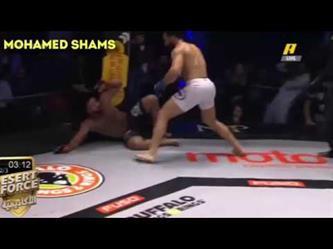 لحظة فوز المصارع المصري أسامة الصعيدي على السعودي مصطفى راشد بالضربة القاضية
