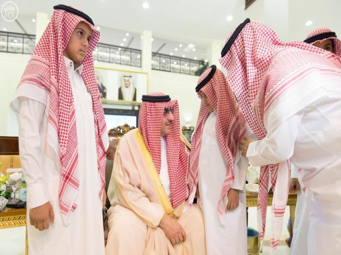 محمد بن نايف لذوي الشهيد الحمادي: أنتم أبناء سلمان بن عبدالعزيز والوطن لن ينسى فقيدكم