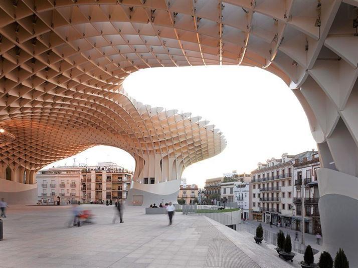 """7- """"متروبول باراسول""""، إسبانيا:"""