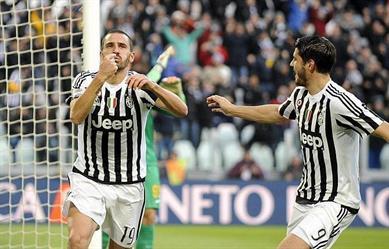 فيورنتينا يتصدر الدوري الإيطالي مؤقتا ويوفنتوس يواصل الصحوة