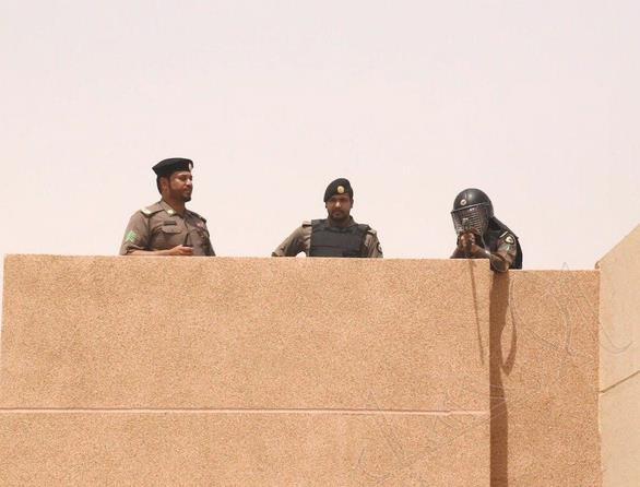 شرطة الشرقية توضح حقيقة القبض
