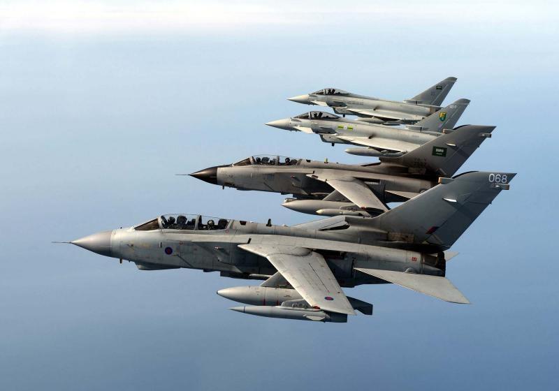 الموسوعه الفوغترافيه لصور القوات الجويه الملكيه السعوديه ( rsaf ) - صفحة 3 C1ee75ee-fb21-496c-9c2b-42a945c45ad0