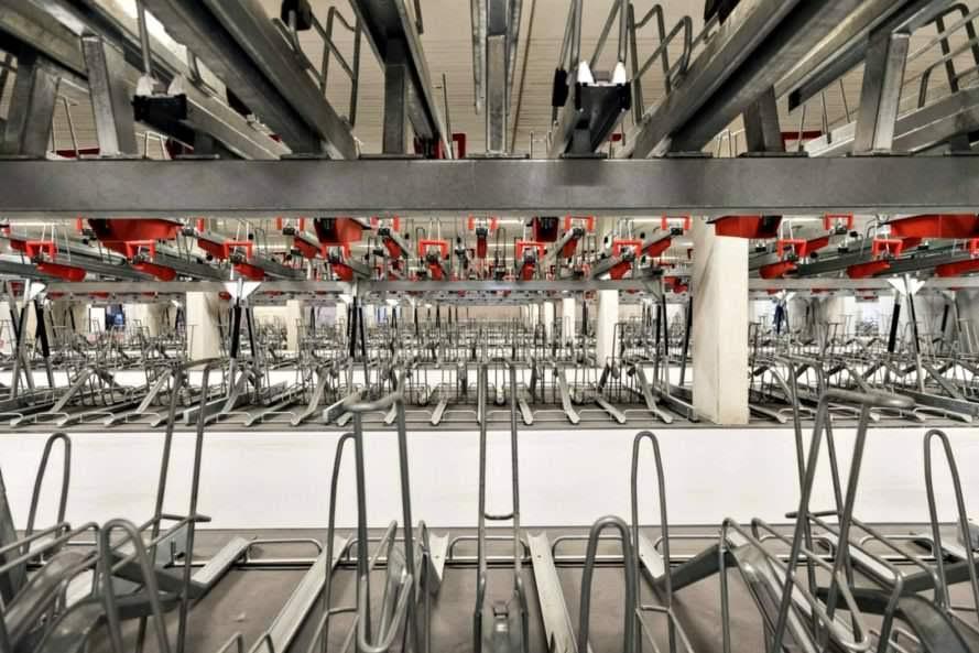 بالصور.. افتتاح أكبر مرآب للدراجات على مستوى العالم