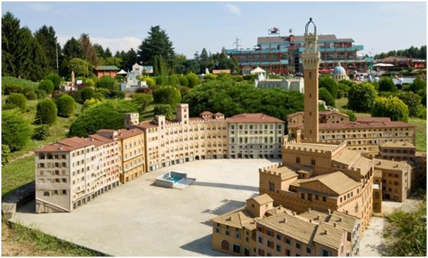 """تحتوي حديقة """" Leolandia"""" في """" Capriate San Gervasio"""" بإيطاليا، على عدد كبير من الألعاب التي يمكن ركوبها، وحديقة للحيوانات الأل"""