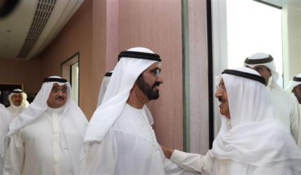 أمير الكويت يصل إلى دولة الإمارات ويجتمع بمحمد بن راشد