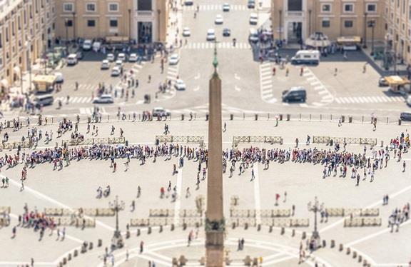 """""""كنيسة الفاتيكان"""""""