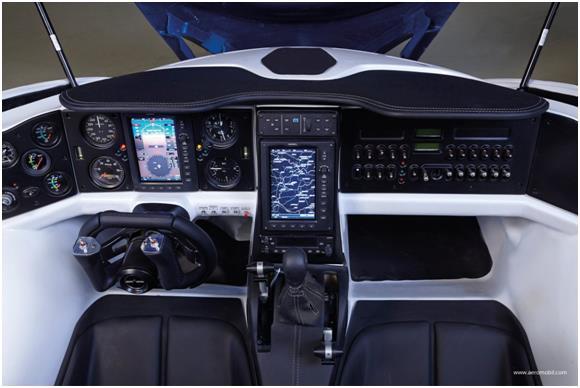 الطائرة cd4b9bce-ec9a-4028-8