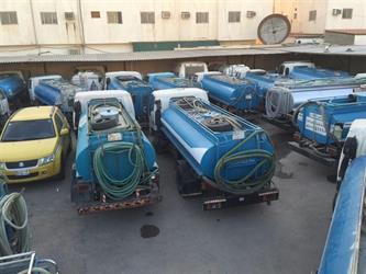 """""""أمانة الرياض"""": حجز صهاريج تبيع مياهًا مجهولة المصدر على أنها مياه صحية - صور"""