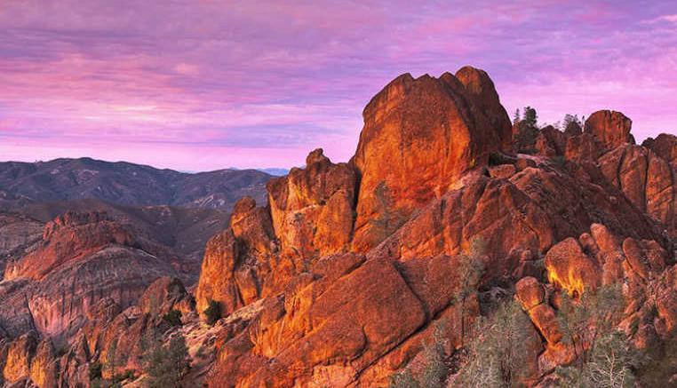 محمية بيناكلز الوطنية (الولايات المتحدة الأمريكية)