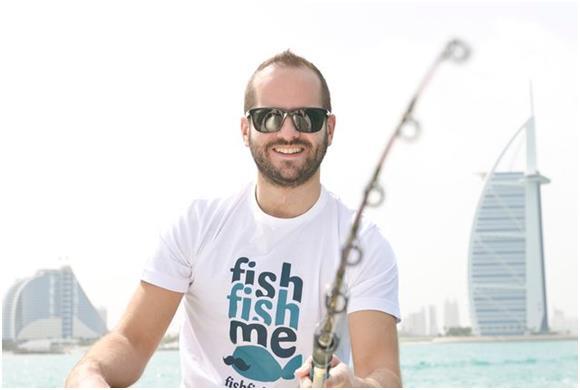 """ويقدم موقع """" FishFishMe.com"""" فرصة استئجار يخوت للصيد في دبي والشارقة وإمارة عجمان، والفجيرة، بتكلفة تبدأ من 150 درهمًا."""