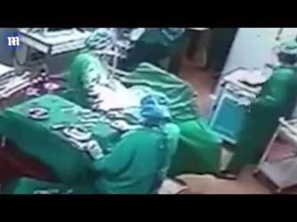 مشاجرة بين طبيب وممرضة داخل غرفة العمليات