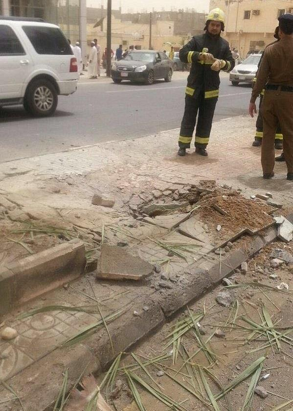 بالصور.. إصابة 8 أشخاص نتيجة سقوط مقذوفات عسكرية يمنية على جازان