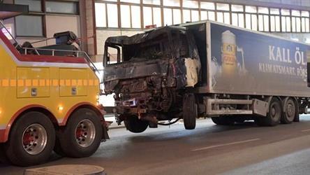 السويد تعتقل منفذ اعتداء ستوكهولم وتكشف عن وجود متفجرات بالشاحنة