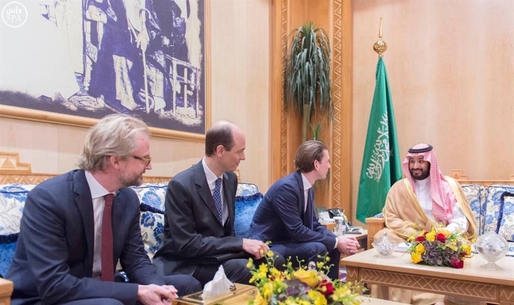 ولي ولي العهد يلتقي وزير خارجية جمهورية النمسا ويبحثان مجالات التعاون وتطورات الأحداث