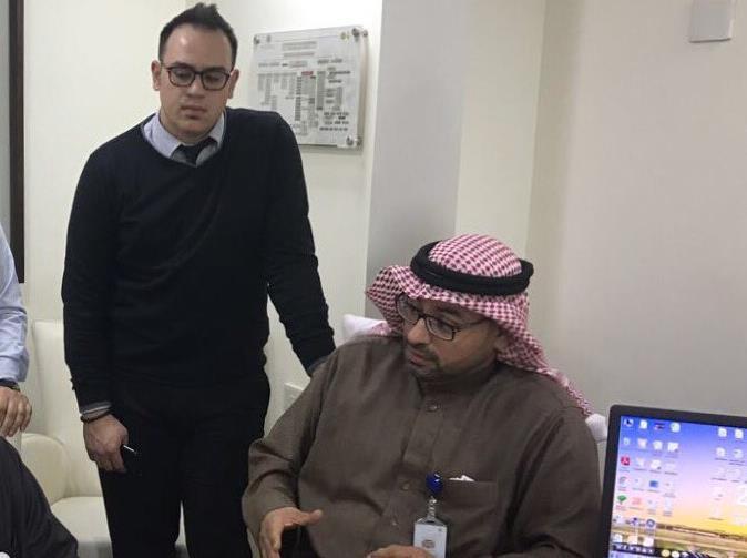 مواطن يوثق رفض مدير لبناني توظيفه بأحد مستشفيات الأحساء