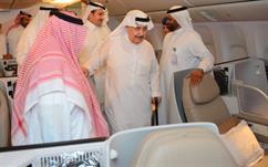"""الأمير فهد بن عبدالله يدشن طائرة """"السعودية"""" الجديدة"""