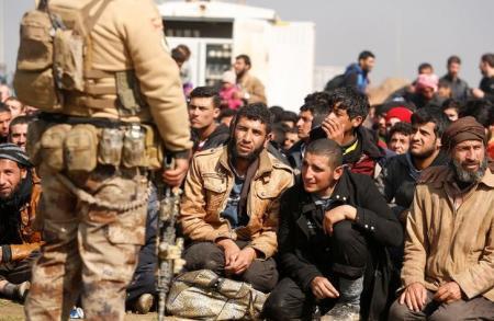 قوات العراق توقف هجوم الموصل بسبب مخاوف من ارتفاع عدد الضحايا المدنيين