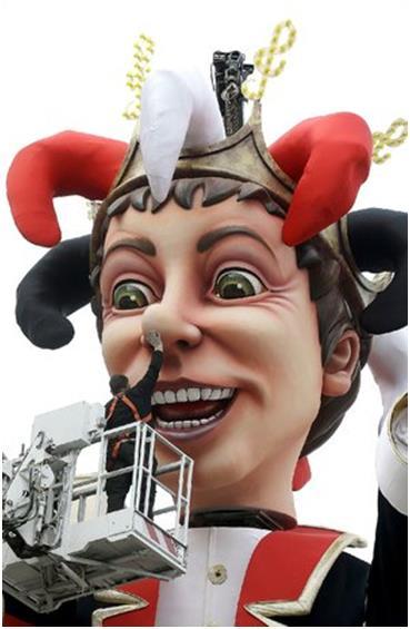 """يعد مهرجان """"نيس"""" السنوي في فرنسا، واحدًا من أكبر الكرنفالات في العالم، التى تجذب ملايين الزوار كل عام، وتشتمل الاحتفالات على ا"""