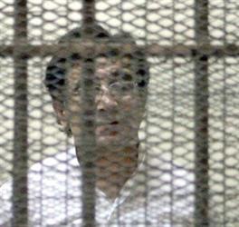 محكمة مصرية توقف رجل الأعمال أحمد عز على خلفية قضية فساد