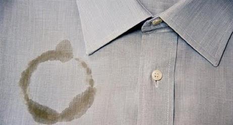 خمس طرق مذهلة للتخلّص من بقع الزيت على الملابس