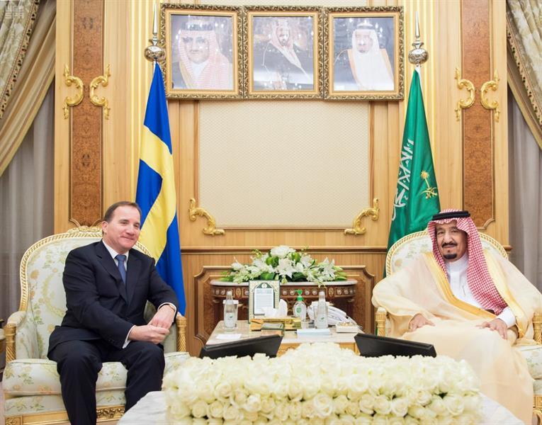 خادم الحرمين الشريفين يستقبل رئيس وزراء مملكة السويد ويعقدان جلسة مباحثات