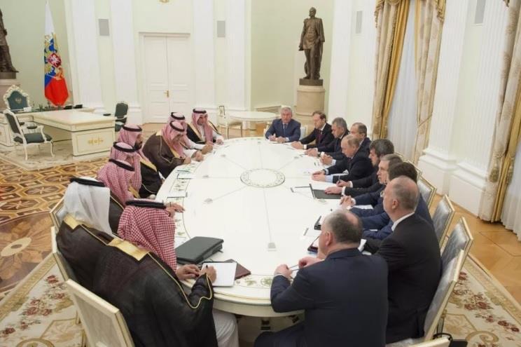 بالصور.. ولي ولي العهد يلتقي الرئيس بوتين في موسكو ويبحثان عدداً من القضايا