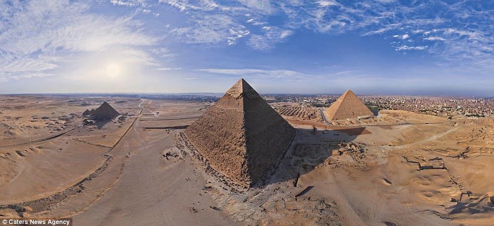 الأهرامات الثلاثة في مصر، من أفضل الأماكن على قائمة كوكب الأرض