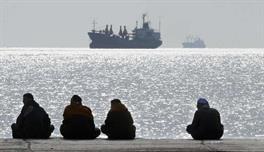 مصر تمدد بقاء جيشها في الخليج والبحر الأحمر لـ 3 شهورآخرى
