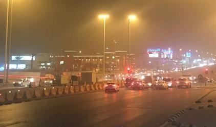 """""""الأرصاد""""  تحذر من أتربة مثارة تتسبب في انعدام الرؤية في بعض مدن الرياض والشرقية"""