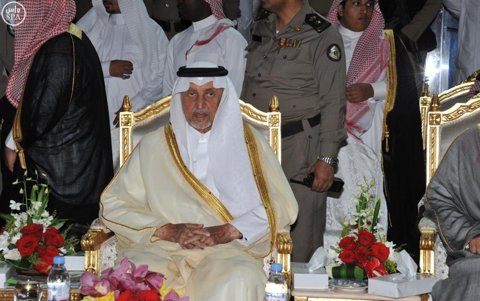 الأمير خالد الفيصل يفتتح متنزه الردف العام بالطائف