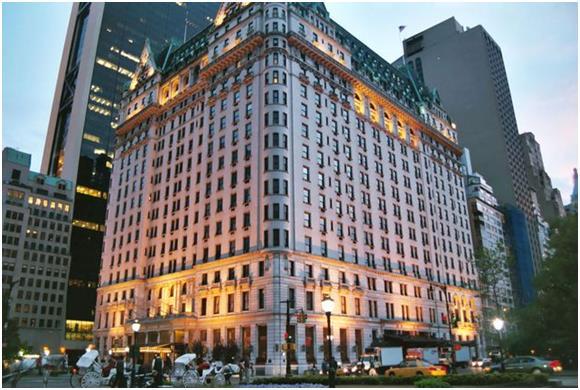 """ويحتل فندق """"بلازا"""" (The Plaza) في نيويورك المرتبة الثانية في القائمة، حيث يحتوي على 280 غرفة، ومن ثّم فهو يستوعب عدد كبير جدًا"""