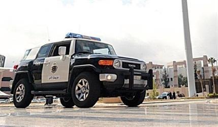 شرطة الشرقية تقبض على 3 سعوديات يطرقن أبواب المنازل للتعرف على ربات البيوت