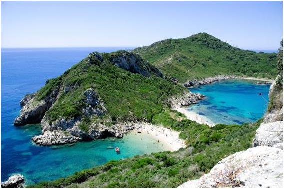 مدينة كورفو اليونانية، وتبلغ تكلفة الفرد في المتوسط خلال يوم: 110,86 دولار.