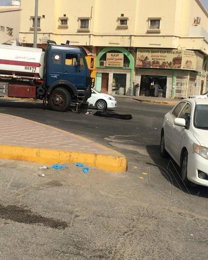 وفاة مواطن بحادث دهس بالأحساء (صور)