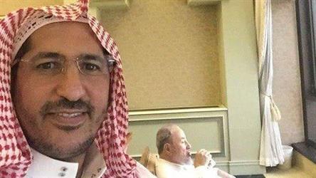 بالصورة.. الشيخ يوسف القرضاوي في ضيافة خادم الحرمين بقصر الصفا