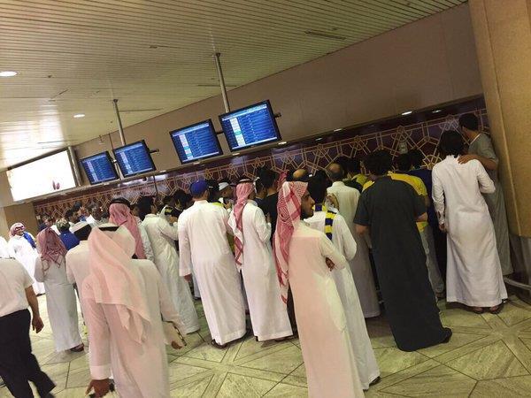بالصور.. مدرب النصر فابيو كانافارو يصل الرياض