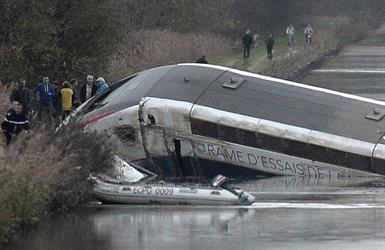 خمسة قتلى على الأقل جراء خروج قطار عن القضبان شرقي فرنسا