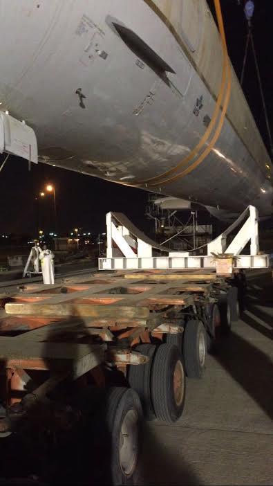 الخطوط السعودية تكشف كيف نقلت طائرتها برًا من جدة إلى الرياض (صور)