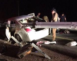 """طريق """"حضن"""" ذو المسار الواحد وسياج يخترقه يتسببان في وفاة وإصابة 7 أشخاص (صور)"""