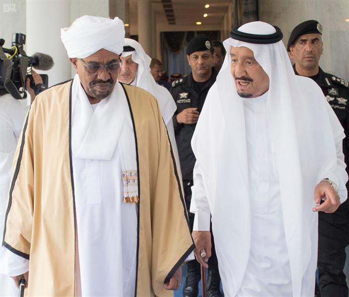 خادم الحرمين الشريفين يستقبل الرئيس السوداني.. ويقيم مأدبة غداء تكريماً له (صور)