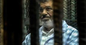 مرسي في رسالة من محبسه: لن أغادر سجني قبل أبنائي المعتقلين ورفضت المفاوضات