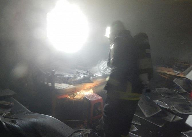 وفاة مواطن واثنين من أبنائه بعد احتراق منزلهم في أحد المسارحة
