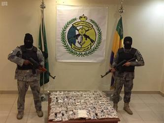 إحباط تهريب 119 ألف قرص امفيتامين مخدر بعد تبادل لإطلاق النار بالحدود الشمالية