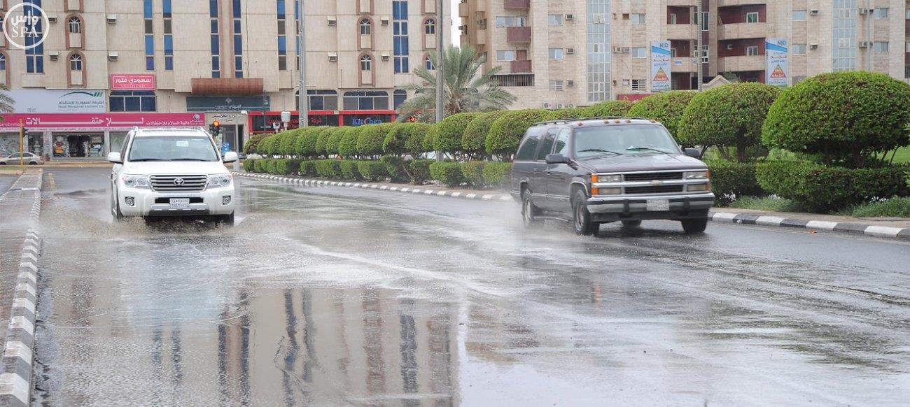 أمطار على تبوك