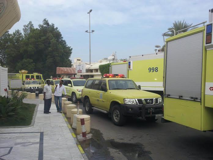 حريق يُخلي 20 مريضاً بمستشفى الملك فهد